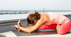 Yoga-Poses-Janu-Sirsasana-Head-to-Knee-Pose-860x450_c